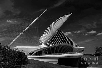 Photograph - Milwaukee Art Museum by David Bearden