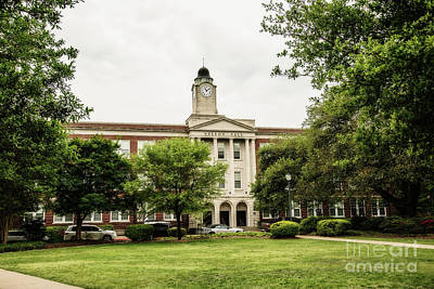 Choctaw Photograph - Mississippi College - Nelson Hall by Scott Pellegrin