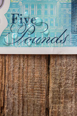 Notes Photograph - New Uk Five Pound Note by Samuel Whitton