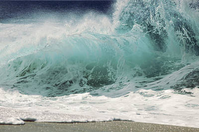 Cavataio Photograph - North Shore Wave by Vince Cavataio - Printscapes