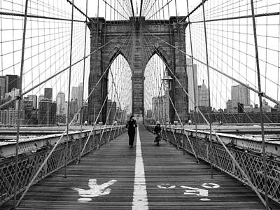 Bw Photograph - Nyc Brooklyn Bridge by Nina Papiorek