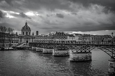 Photograph - Pont Des Arts Paris by Henri Irizarri