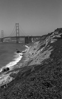 Photograph - San Francisco - Golden Gate Bridge by Frank Romeo