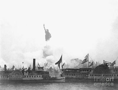 Photograph - Statue Of Liberty, 1886 by Granger