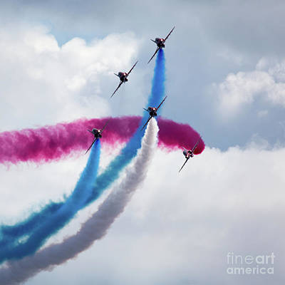 The Red Arrows Art Print by Nichola Denny