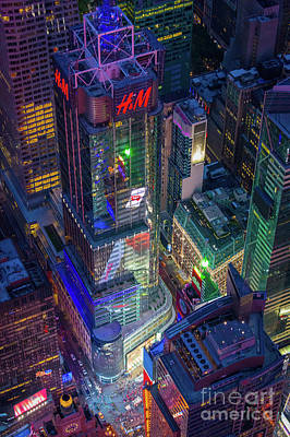 Times Square Photograph - 4 Times Square by Inge Johnsson