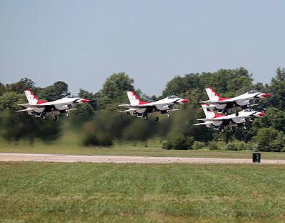 Photograph - Usaf Thunderbirds by John Freidenberg