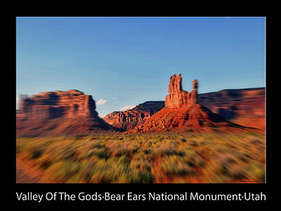 Photograph - 4 Wheeling Valley Of The Gods Utah Text Black by Thomas Woolworth