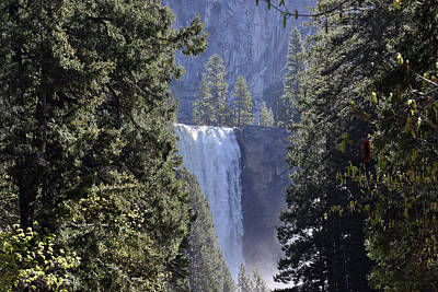 Photograph - Yosemite National Park - Mist Trail To Vernal Fall by Harvey Barrison