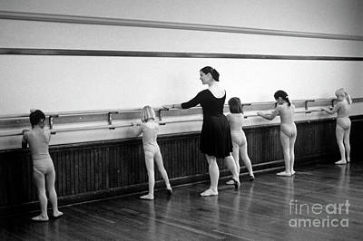 Photograph - Young Ballet Dancers  by Jim Corwin