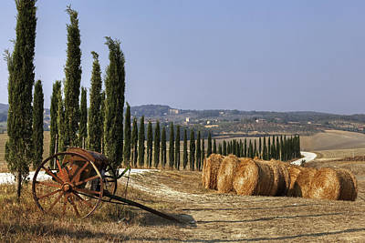 Farmhouse Photograph - Tuscany by Joana Kruse