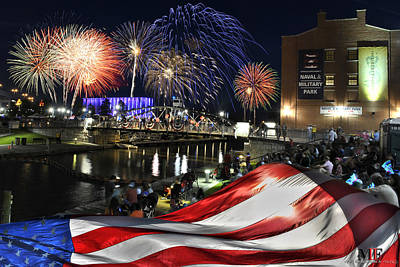 Photograph - 4th Of July 2017 Canalside Buffalo Ny Grand Finale  by Michael Frank Jr