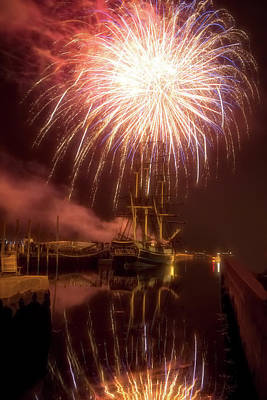 Photograph - 4th Of July Salem Mass by Jeff Folger