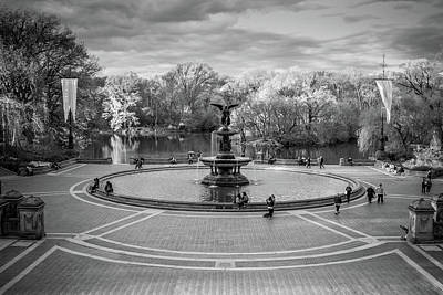 Photograph - Bethesda Fountain by Robert J Caputo