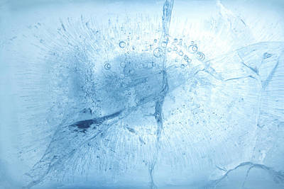 Pittsburgh According To Ron Magnes - Blue ice by Les Cunliffe