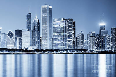 Shoreline Photograph - Chicago Skyline At Night by Paul Velgos