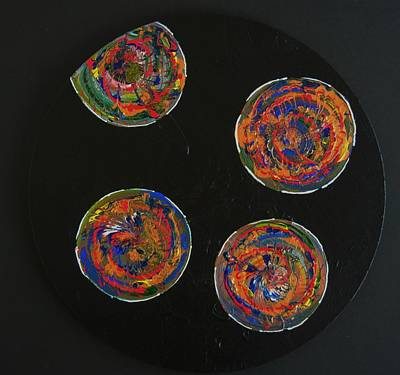 Painting - 5 Circles by Kruti Shah