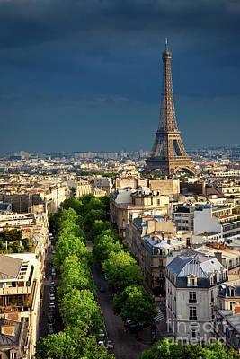 Photograph - Eiffel Tower by Brian Jannsen