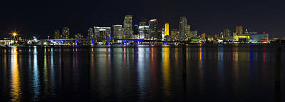 Miami Skyline Photograph - Miami Downtown Skyline by Raul Rodriguez