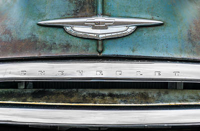 Rusted Cars Photograph - 50s Chevrolet Logo by Jim Hughes