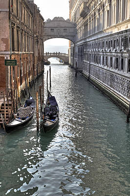 Channel Photograph - Venezia by Joana Kruse