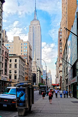 Photograph - 5th Avenue by Lars Lentz