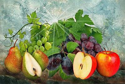 Photograph - Fruits by Manfred Lutzius