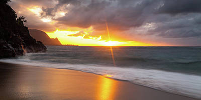 Photograph - Hawaii Sunset by Lace Andersen