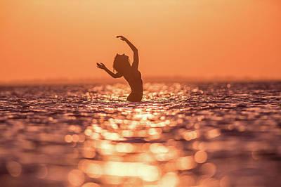 Sunset Digital Art - Ocean by Maye Loeser
