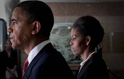 Photograph - President And Michelle Obama by Everett