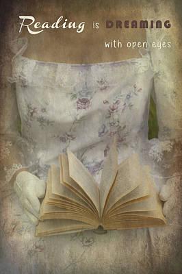 Read Photograph - Reading by Joana Kruse