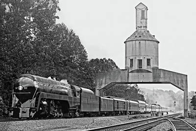 611 At Vickers Coaling Tower In Black And White Art Print