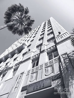 6253 Hollywood At Vine Art Print