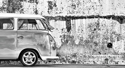 66 Splitty Monochrome Art Print