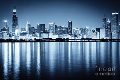 Chicago Photograph - Chicago Skyline At Night by Paul Velgos