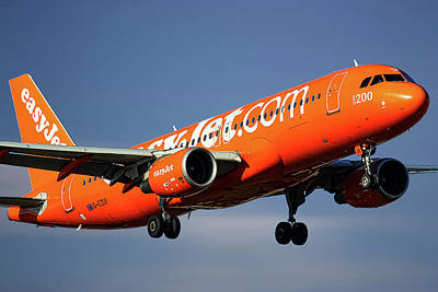Mixed Media - Easyjet 200th Airbus Livery Airbus A320-214 by Smart Aviation