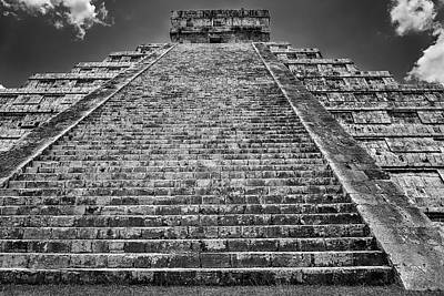 Photograph - Ell Castillo by Peter Lakomy