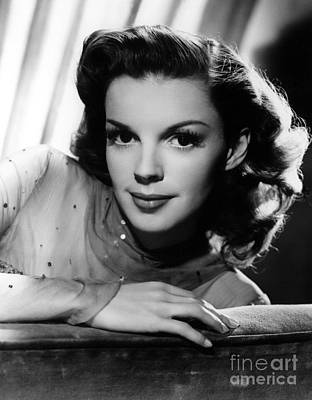 Judy Photograph - Judy Garland (1922-1969) by Granger