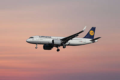 Mixed Media - Lufthansa Airbus A320-271n by Smart Aviation
