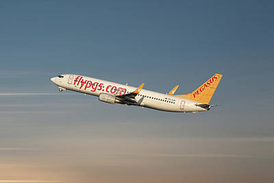 Mixed Media - Pegasus Airlines Boeing 737-82r by Smart Aviation
