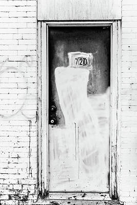 Photograph - 720 by Wade Brooks
