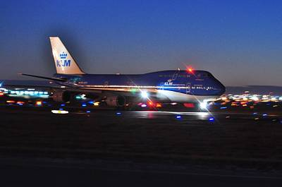 Photograph - 747 Klm by Puzzles Shum