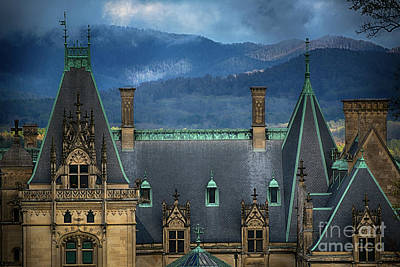 Asheville Wall Art - Photograph - Biltmore Estate by Doug Sturgess