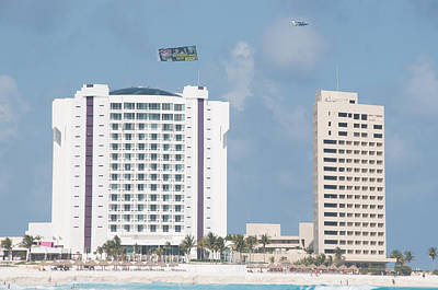 Photograph - Cancun City Scenes by Carol Ailles