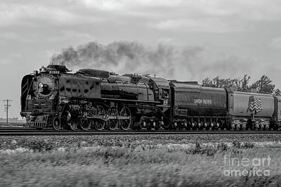 Union Pacific 844 Photograph - #844 In Black And White by Nathan Gingles