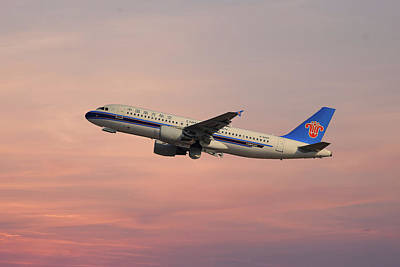 Photograph - China Southern Airlines Airbus A320-214 by Smart Aviation