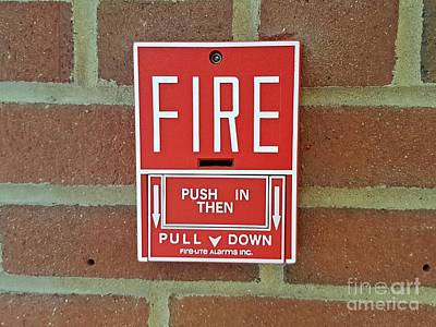 James Madison University Photograph - Fire Alarm Pull Station by Ben Schumin