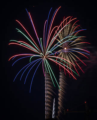 Photograph - Fireworks 2015 Sarasota 28 by Richard Goldman
