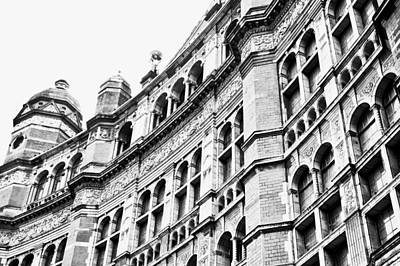 Grand Hotels Photograph - London Building by Tom Gowanlock