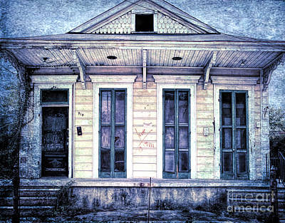 Photograph - 910 Elysian Fields Nola by Kathleen K Parker
